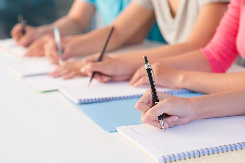 Más noticias de nuestro blog que pueden interesarte: Estas son las claves para beneficiarte del nuevo cheque guardería ¿Ya puede el autónomo realizar formación bonificada? ¿Cómo es la cotización de las prácticas no laborales en 2019? ¿Cómo afecta a las nóminas la subida del SMI de 2019?