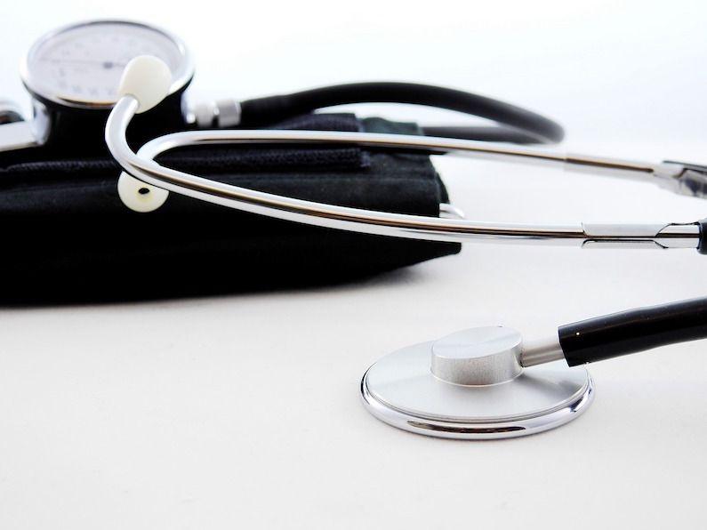 ¿Qué ocurre si hay una baja médica durante un contrato de formación?
