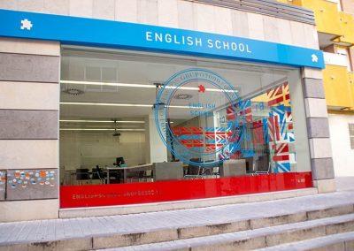 Exterior academia Grupo2000
