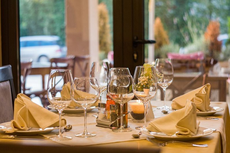 Grupo2000 acreditado para impartir el Certificado de Profesionalidad de Servicios de Restaurante