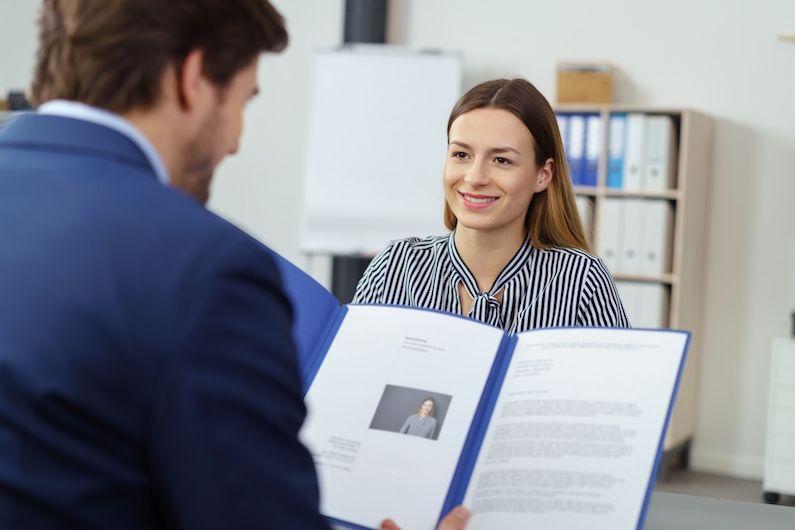 Ya es obligatorio comunicar el convenio colectivo en las altas del trabajador
