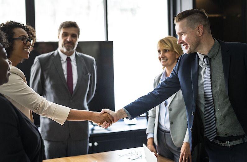 Nueva bonificación para la contratación de parados de larga duración