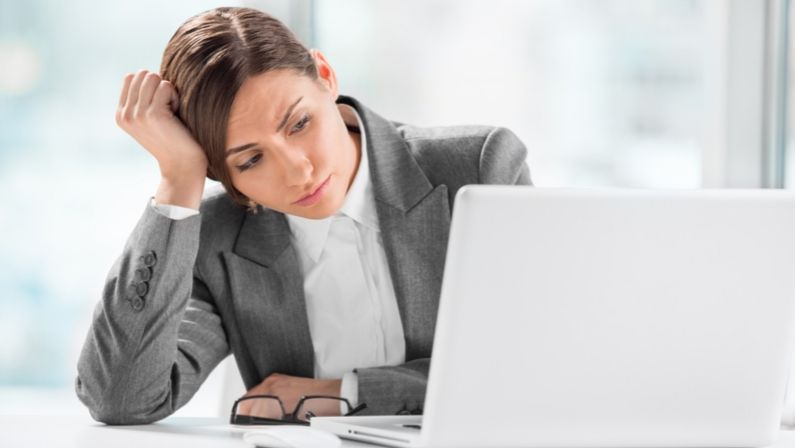 Alerta: un virus que simula ser un contacto ataca a empresas y despachos
