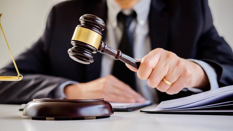 """Una sentencia rebate la """"prohibición de despedir"""" por Covid-19"""